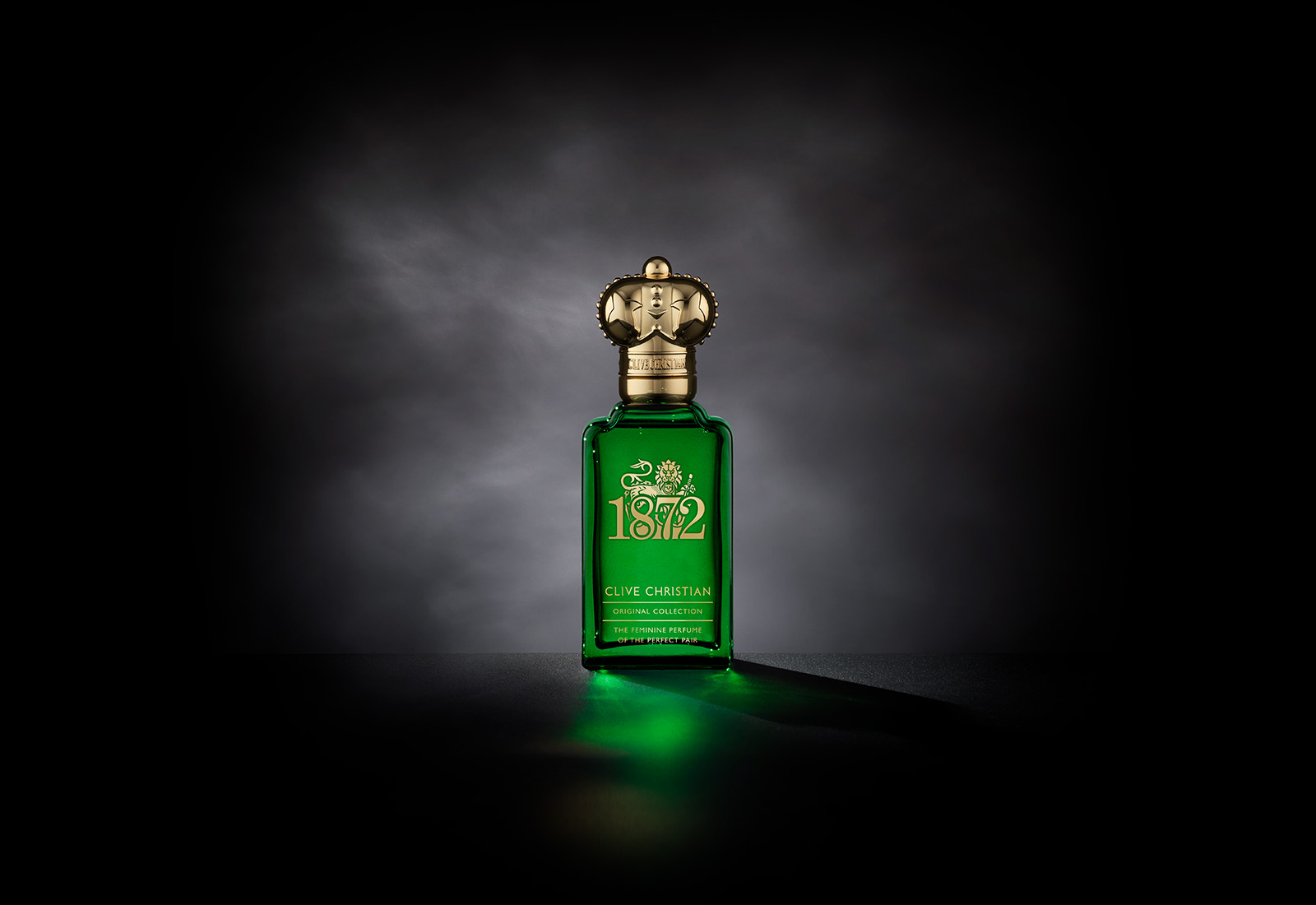 Clive Christian's citrusy floral perfume, 1872 Feminine Edition comes in a green bottle with a gold cap